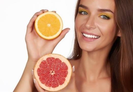 Portakal ve greyfurt cildi koruyor.