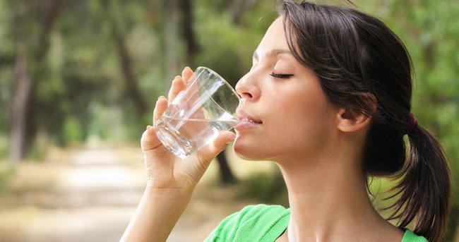 Fazla Su Tüketimi Sağlığa Zarar Verir mi?