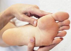 hamilelikte-ayak-yanmasi